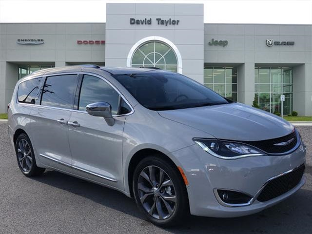 New 2019 CHRYSLER Pacifica Limited-8 Pass Seating & 20